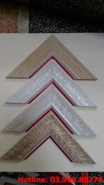 3 Bo khung tranh xốp hoặc nhựa